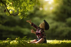 photo-enfant-adrian-murray-campagne-nature-00